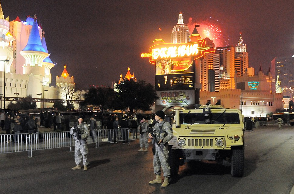 Nevada National Guard patrols Las Vegas Strip on New Years (2017)