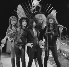 New York Dolls - TopPop 1973 06.png