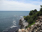 The rocky beach of Newport, Rhode Island