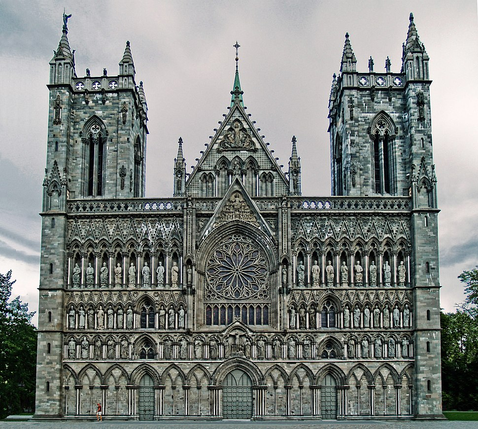 Nidaros-cathedral-west-front