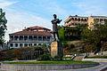 Nikoloz Baratashvili statue 1.jpg