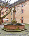 Oberndorf Kloster Innenhof Brunnen 02.jpg