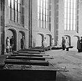 Opgebaarde slachtoffers en verzetsstrijders in de Grote Kerk van Deventer, Bestanddeelnr 900-2475.jpg