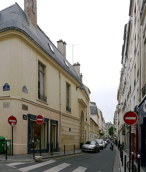 Fichier:P1110399 Paris VII rue de la Chaise rwk.JPG
