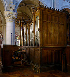 P1300997 Paris XI eglise St-Ambroise orgue choeur rwk1.jpg