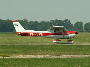 PH-JVB taxiing p2.JPG
