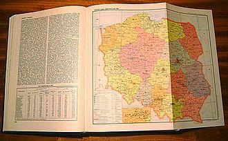 Wielka Encyklopedia Powszechna PWN - An open volume of the encyclopedia
