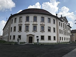 Palace of the Gendarmerie in Balassagyarmat 5.jpg