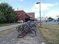 Pardubice, náměstí Jana Pernera, kola před nádražím (05).jpg