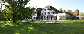Konolfingen - Image: Parkhotel Schloss Hünigen Ostansicht