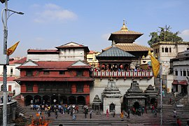 Pashupatinath Temple 2017 169.jpg