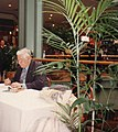 Peter-Ustinov-at-a-book-signing-in-Brisbane-3.JPG