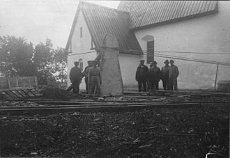 Akebäck Church - Picture stone being erected outside Akebäck Church, 1931