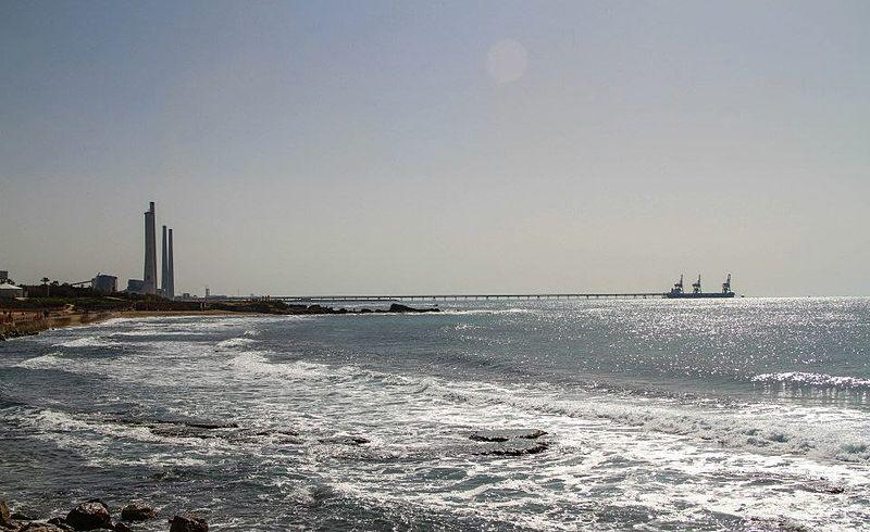 חוף ג'סר א זרקא