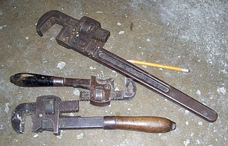 Pipe wrench - Three old Stillson wrenches
