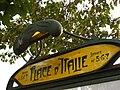 Plaque de la bouche de métro Place d'Italie côté avenue d'Italie.JPG