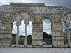 Pliska fortress 1.jpg
