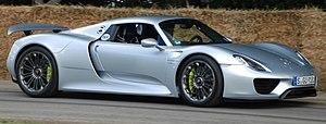 Porsche 918 Spyder - Image: Porsche 918 in motion