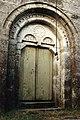 Portada principal de la Iglesia románica de Sto. Estevo de Grallás (Páramo).jpg