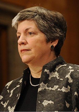 Janet Napolitano - Image: Portrait Napolitano hires crop