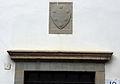 Pratovecchio, sala del podestà nel cassero, stemma 02 medici.JPG