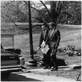 President with Theodore Sorensen. Theodore Sorensen, President Kennedy. White House, South Lawn. - NARA - 194193.tif