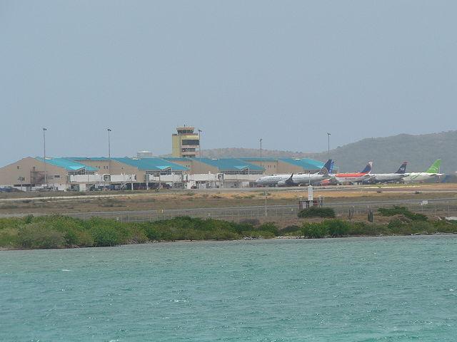 Queen Beatrix International Airport
