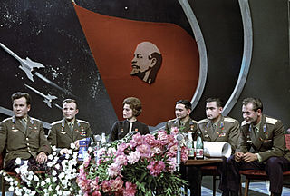 RIAN archive 879591 USSR pilot-cosmonauts at TV studio.jpg
