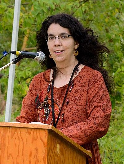 Picture of an author: Rachel Hartman