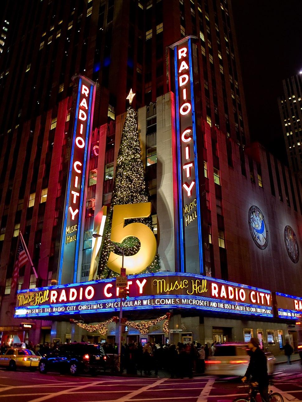 Radio City Music Hall 2229954271 675a3a4551