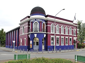 Rangiora - Rangiora's town hall in 2010. It has since undergone extensive renovations.