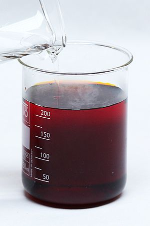 Chromium trioxide - Image: Reaction between potassium dichromate and sulfuric acid (2)