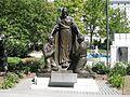 Religious statue at Mormon temple (2781974943).jpg