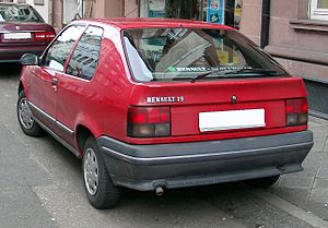 Renault 19 - Phase 1 hatchback