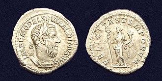 Felicitas - AR Denarius of Macrinus, reverse side with 'FELICITAS TEMPORVM'.