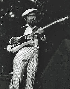 Roy Buchanan - Buchanan performing at the Pinecrest  Country Club, Shelton, Connecticut, 1978