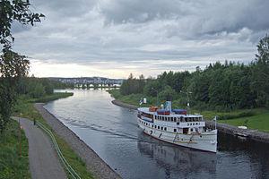 SS Suomi in Äijälänsalmi.jpg
