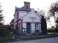 Saint-Georges-du-Mesnil mairie.jpg