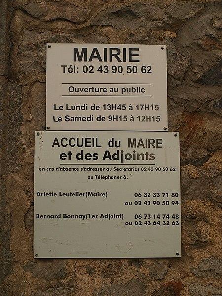 Saint-Georges-le-Fléchard (Mayenne, France) , mairie-école