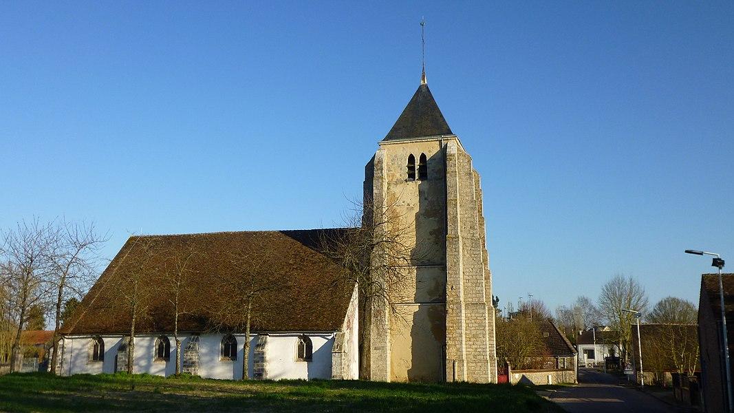 Saint-Loup-d'Ordon, Yonne, Burgundy, France.  Saint-Loup church in Saint-Loup-d'Ordon.  Coming from Courtenay on the D194. Church tower from the 12th century.