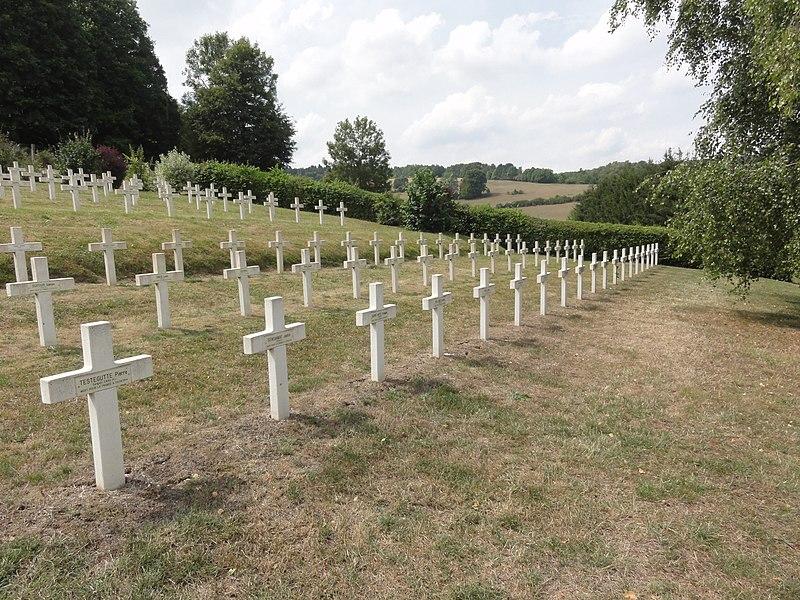 Saint-Rémy-la-Calonne (Meuse) nécropole nationale (03) les tombes de la compagnie d'Alain-Fournier