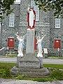 Sainte-Angèle-de-Mérici - Statue devant l'église.JPG