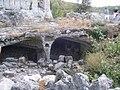 Salles rupestres du fort de Buoux.jpg
