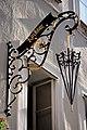Salzburg - Altstadt - Getreidegasse 22 Kirchtag - 2019 07 26 - Schild b.jpg