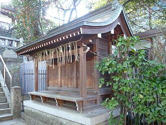 Shinto architecture - Image: Sanko jinja massha
