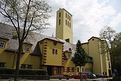 Sankt-Elisabeth-Kirche Wiesbaden 01.jpg