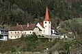 Sankt Nikola an der Donau - Pfarrkirche hl Nikolaus und Pfarrhof.jpg