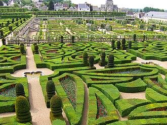 Formal garden - Image: Schloss Villandry Garten 10