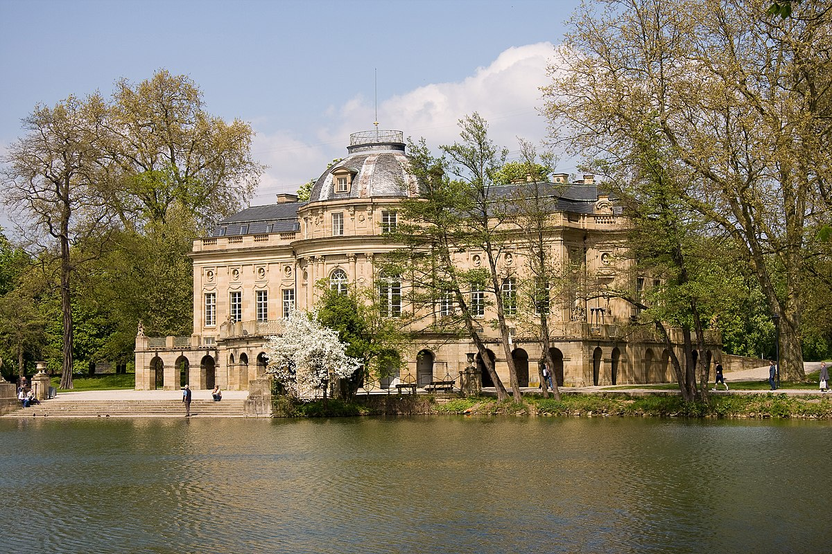 Jelle Van Riet Wikipedia monrepos palace - wikipedia