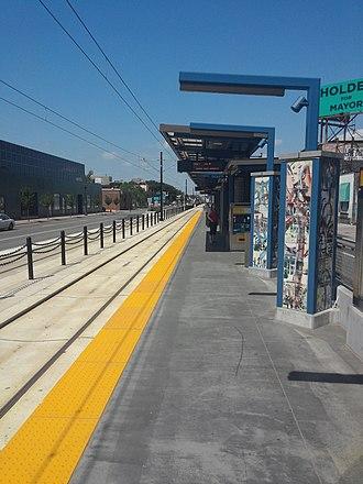 Metro Green Line (Minnesota) - Snelling Avenue Green Line station